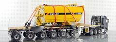MERCEDES-BENZ AROCS BIG SPACE + FLATBED TRAILER (6 AXLE) - GROHMANN + WATER TANK 777D-005 (Diecasts Collectors Brasil) Tags: mercedesbenz arocs big space slt 8x4 wsi premium line 041175 flatbed trailer 6 axle grohmann power – 9795 water tank 777d