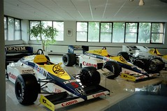 Nigel Mansell's 1985 Williams-Honda FW10B - Williams Grand Prix Collection, October 1996 (Dave_Johnson) Tags: mobil1 ici denim canon nigelmansell mansell kekerosberg rosberg fw10 fw10b williams honda frankwilliams williamsf1 williamsgrandprixengineering williamsheritagecollection williamsgrandprixcollection formula1 formulaone f1 grandprix car racingcar automobile museum collection grove wantage red5 redfive