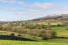 DSC- 0109  Wensleydale, fromm Bainbridge (SWJuk) Tags: swjuk uk unitedkingdom gb britain england yorkshire northyorkshire yorkshiredales dales wensleydale bainbridge hawes outdoor landscape fields farmland drystonewalls hills hillside 2016 nov2016 autumn autumnal holidays nikon d7100 nikond7100 18300mm rawnef lightroom