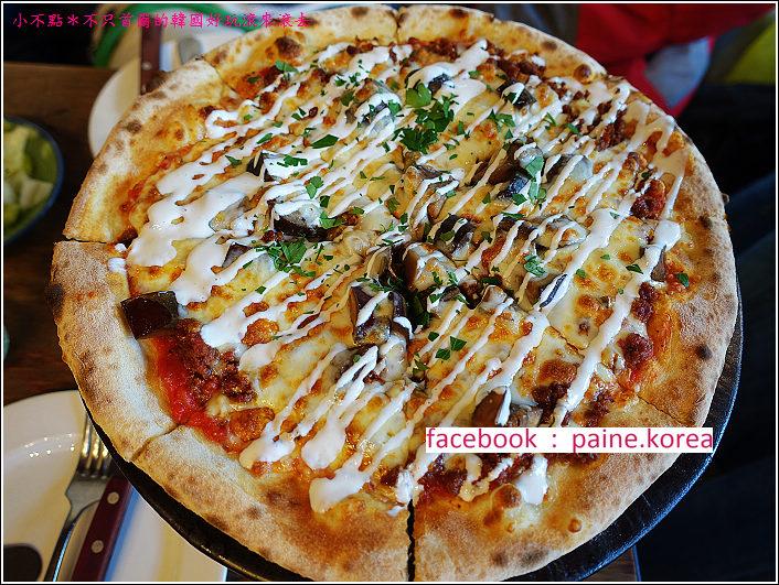 首爾北村鐵匠烤窯Pizza (17).JPG
