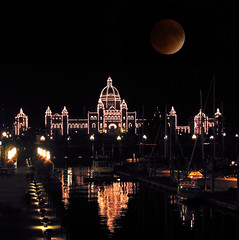 Victoria BC Parliament Building plus Supermoon Eclipse (fake) (rgdaniel) Tags: canada reflection night eclipse bc fake parliament victoria redux supershot interestingness210 i500 abigfave holidaysvacanzeurlaub supermoon