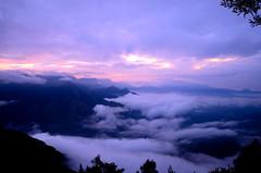 Kolukkumalai (Prashob adithiruthy) Tags: morning nature sunrise nikon ngc na munnar nikon5100 nikon70300 kolukkumalai topstation nikon1855 nikonindia nikond5100 teaplanatation