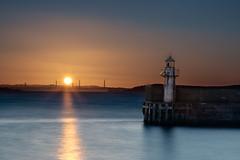 Burntisland Lighthouse (Grant Morris) Tags: longexposure sunset lighthouse sunshine canon scotland fife forth nd redsky forthbridge burntisland 24105 fifecoastalpath sunsetoverwater fifecoast burntislandlighthouse grantmorris burntislandpier grantmorrisphotography