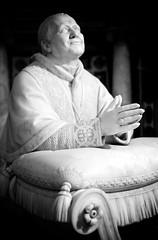 pio nono (khrawlings) Tags: bw pope rome hands praying ring christian stool kneeling cushion romancatholic controversial jacometti piusix basilicadisantamariamaggiore pionono mariology infalliable