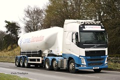 Volvo FH,Lomas Distribution. (SJS Truck & Transport Photography.) Tags: volvo transport vehicles trucks wagons tankers commercials lorries haulage hgvs lomasdistribution bulkpowders