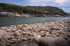 Rocky Shore (MickDL) Tags: landscape rocks water lifts mickdl arizona