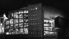 Palacio Euskalduna/ Euskalduna Conference Center, Bilbao (Jose Antonio. 62) Tags: spain españa euzkadi bilbao paísvasco basquecountry blancoynegro bw blackandwhite architecture city night building edificio euskalduna