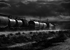 Sunrise at Wellington, Utah (rolfstumpf) Tags: usa utah bnsf train freight railway railroad blackandwhite drama clouds winter snow wellington monochrome lowkey transportation dark morning glint schwarzweiss schnee eisenbahn gegenlicht black white bw