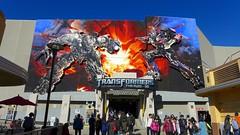 Transformers: The Ride 3D at Universal Studios Hollywood (Piscina Studio) Tags: transformers universalstudios universalstudioshollywood themepark amusementpark darkride lx7 robot universalstudiioshollywood
