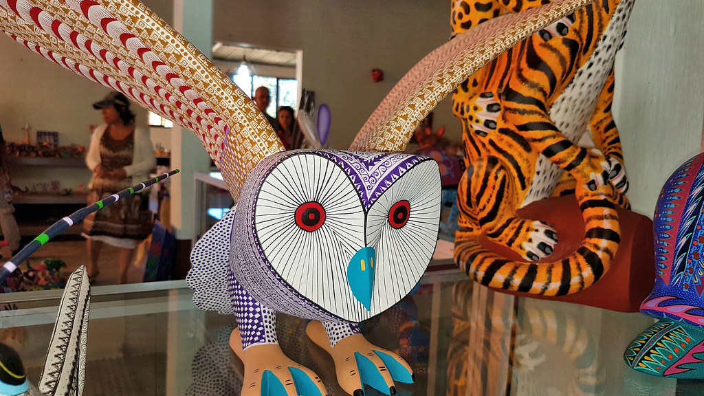 The world 39 s best photos of alebrije and craft flickr for Oaxaca mexico arts and crafts