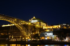 A noite de Porto (p.mamede) Tags: dluís domluís ponte brigde douro férias travels voyage viagens vacances oporto porto portugal light lumière luzes night nuit noite
