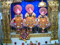 NarNarayan Dev Shayan Darshan on Wed 05 Apr 2017 (bhujmandir) Tags: narnarayan dev nar narayan hari krushna krishna lord maharaj swaminarayan bhagvan bhagwan bhuj mandir temple daily darshan swami shayan
