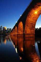 Stone Arch Bridge (jpnuwat) Tags: longexposure bridge minnesota night river mississippi cd minneapolis 326 stonearchbridge project3 200602 nikonstunninggallery dsc9265