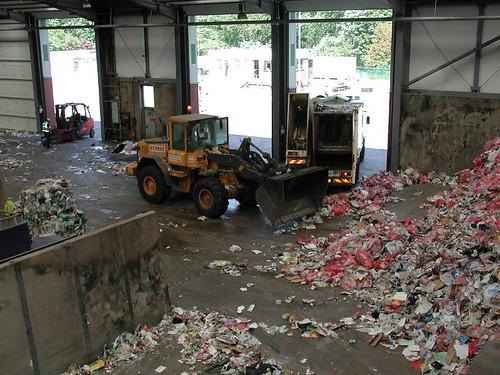 milton_keynes_recycling_factory