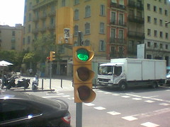 Badly decapitated traffic light