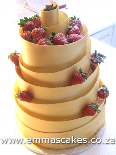 Gold spiral wedding cake