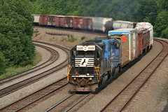 Helpers (Jim Yanke) Tags: train norfolk southern freight helpers cresson gallitzin