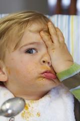 los primeros espaguettis de Dani (briveira) Tags: baby alone child spoon eat beb solo comer spagetti nio espagueti briveiracom