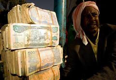 _DSC1034 [ globtrotrer] (Swiatoslaw Wojtkowiak) Tags: africa money muslim islam cash economy somalia somaliland hargeisa moneychanger afrique inflation reporting wojtkowiak hargeysa wwwnygusinfo nygus nygusinfo