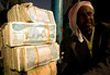 _DSC1034 [ globtrotrer] (Swiatoslaw Wojtkowiak) Tags: africa money muslim islam cash economy somalia somaliland hargeisa moneychanger afrique inflation reporting wojtkowiak hargeysa wwwnygusinfo nygus nygusinfo сомали الصومال ソマリア