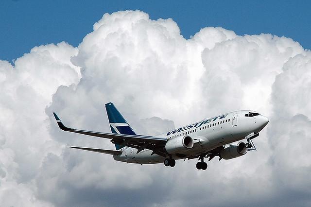 Westjet 737-700 C-FZWS