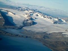 Gletsjer (wvdoorne) Tags: airplane glacier svalbard arctic spitsbergen