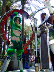 Anime Expo 2006 - Soul Calibur III : Tira & Zasalamel cosplay 4 (orgXIIIorg) Tags: costumes anime photography costume fight expo cosplay 2006 soul handpainted convention costuming props weapons animeexpo tira soulcalibur calibur soulcalibur3 souledge zasalamel