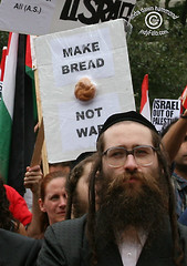 MAKE BREAD NOT WAR Poster #2 at rally (According to Indyfoto) (IndyFoto) Tags: copyright lebanon usa toronto canada against children dawn bush war peace rally protest moron 2006 christian demonstration stop arab linda american ndp murder jewish jews bombs harper hammond israeli bombing gaza hasidic consulate palestinians deaths antizionist indyfoto