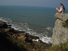 Litoral de So Paulo (AnnuskA  - AnnA Theodora) Tags: ocean sea praia beach topf25 mar edge itanham beiradas