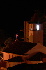 mystic light (julioc.) Tags: tower portugal church night religious torre nocturnal cross roofs cruz igreja nocturna noite algarve nocturne telhados armaodepra ancientarchitecture nonblog julioc religiousbuilding torresineira challengeyouwinner nonip j0509