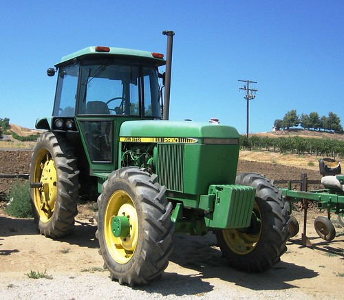 John Deere 2950 Tractor by MR38