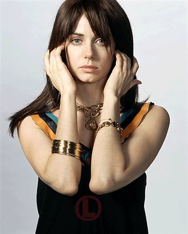 Mia Kirsner (Jenny Schecter) - Page 3 210251198_ab5d15f8c5