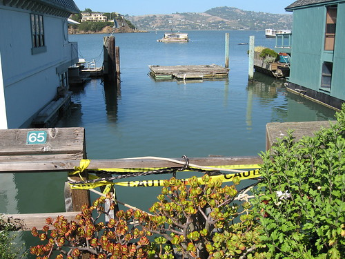 Missing houseboat in Sausalito