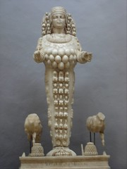 Ephesus Museum_Artemis (h_savill) Tags: old holiday history archaeology statue stone museum turkey ancient roman goddess carving marble artemis greekmythology selcuk ephesus exploreworldwide