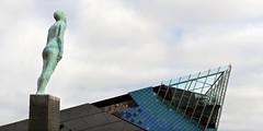 Kingston upon Hull, East Yorkshire (Oxfordshire Churches) Tags: voyage uk england unitedkingdom statues panasonic hull sculptures eastyorkshire kingstonuponhull sculptors mft vikimyrdal steinunnthorarinsdottir portofhull micro43 microfourthirds lumixgh3 ukcityofculture2017 johnward friendshipstatues icelandicsculptors