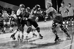 rebels_vs_panic_L1063736 1 (nocklebeast) Tags: ca usa santacruz rollerderby rollergirls zombies vampires skates organicpanic santacruzderbygirls redwoodrebels