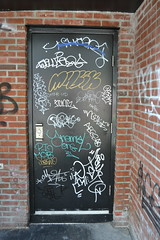DC Doors (MaxTheMightyy) Tags: graffiti washingtondc dc washington tag graf tags vandal vandalism graff bomb bombs tagging chug bombing throw vandals fill fills chugo throws throwies fillin throwie aegs noske mizta anemel aegso chugno