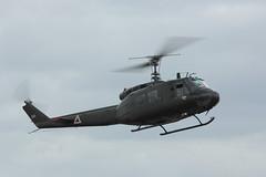 UH-1H Huey Yeovilton 2015 (clackzuk) Tags: bell uh1h huey ae413 yeoviltonairday2015 ghuey