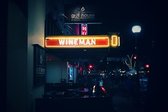wineman [Day 2934] (brianjmatis) Tags: street downtown photoaday project365 winemanhotel slo sanluisobispo iphoneography neon grillhouse