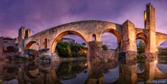 Puente romano de Besalú, Gerona (dleiva) Tags: architecture dleiva domingo leiva spain photography night river horizontal reflection outdoors color image no people travel destinations connection illuminated besalu arch bridge roman gerona province