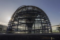 Reichstag (Noémie.dl) Tags: berlin new year nouvel an 2016 2017 architecture colours colors nb black white reichstag allemagne germany hockey wall mur winter christmas noel
