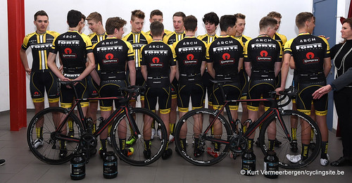 young cycling team (33)