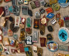 badges and decorations of the Soviet Union (#lyakhovetsky) Tags: moscow russia izmailovo market souvenir travel bazaar gift tradition pattern colour detail nikon nikonrussia d750 nikkor 2017 lyakhovetsky fair