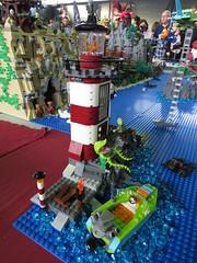 IMG_8040 (LUG Festibriques) Tags: montagne dragon lego exposition fantasy nancy hotdogs caverne fantastique 2015 scoubidou festibriques ludibriques