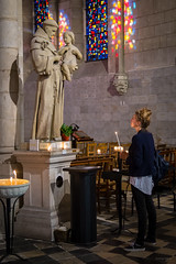 2015 - 07 - 14 juillet - SD-5744 (Erminig Gwenn) Tags: portrait france church saint statue women candle femme faith prayer pray adobe nicolas foi fullframe fr fides nantes 44 bougie basilique lightroom saintnicolas moine prire paysdelaloire 24x36 loireatlantique gilse fidle eos6d canon6d canoneos6d pleinformat virtail lightroomcc lightroom6 adobelightroom6 adobelightroomcc