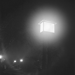 Nocturno_Gornji grad_Yashica Mat (Koprek) Tags: yashicamat124g ilfordhp5 nocturno zagreb gornji grad advent
