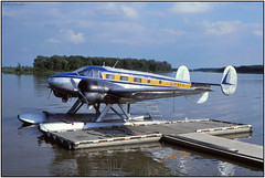 SCAN1629FL (Gerry McL) Tags: canada manitoba selkirk 18 beech cfsfh floatplane aircraft