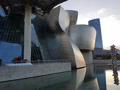 Museo Guggenheim, Bilbao (naotakem) Tags: museoguggenheim frankgehry bilbao