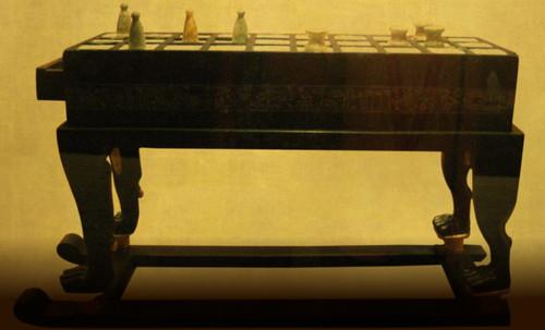 "Senet - Lujoso sistema de objetos lúdicos obsequio del dios Toht a la faraona Nefertari • <a style=""font-size:0.8em;"" href=""http://www.flickr.com/photos/30735181@N00/32399620421/"" target=""_blank"">View on Flickr</a>"