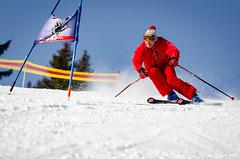 Dominique... Toujours à fond!!! (La Pom ) Tags: combloux flêche compétition descente géant moniteur ouvreur porte piste stade rodhos ski